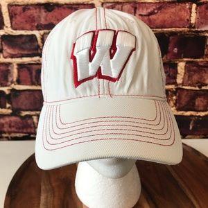 University Of Wisconsin Hat Cap Badgers Small/Med